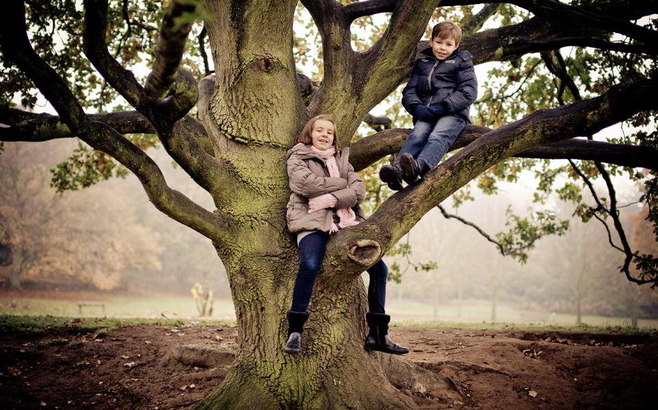 Family Photo Shoot at Bramcote Park Nottingham